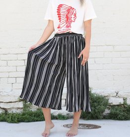 Black and White Striped Pleated Gaucho Pants