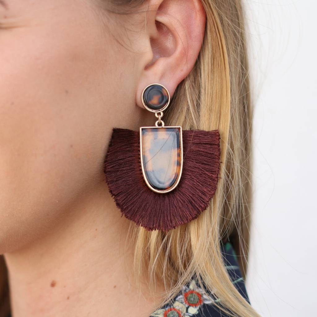 Tortoise Fringe Earrings BROWN
