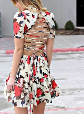 GO FOR THE BOLD DRESS