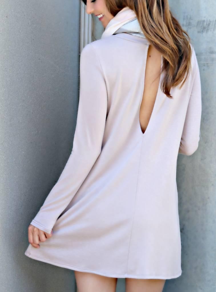GIRL ON THE GO DRESS