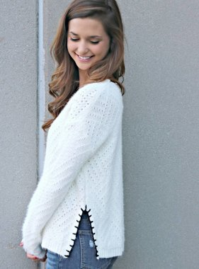 SWEET SUBTLENESS SWEATER