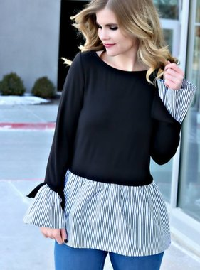 THE HYPE OF STRIPES TOP