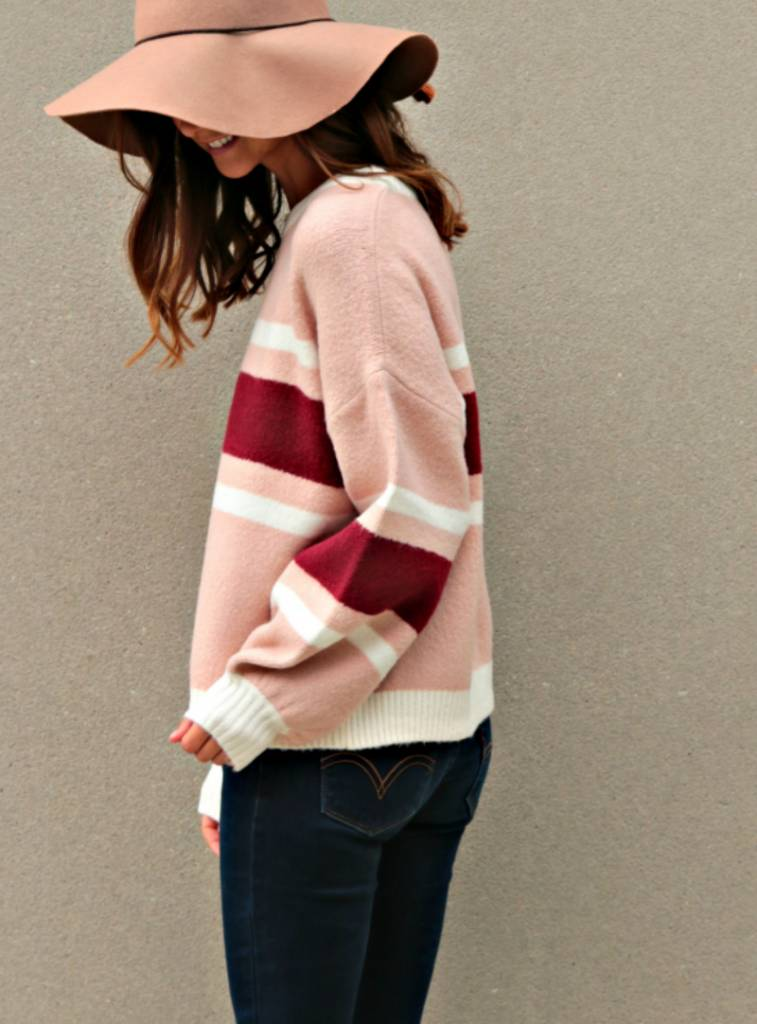 COZY COTTAGE SWEATER