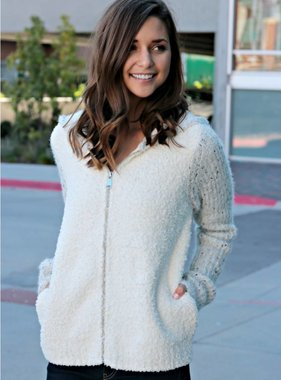 ON THE GO HOODIE SWEATER