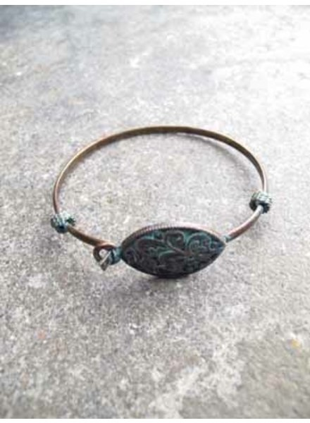 Accessories Vintage-like brass bangle