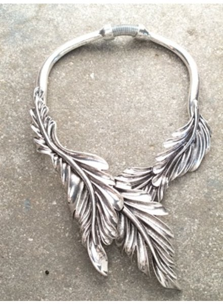 Trend Silver leaf choker *BACK IN STOCK