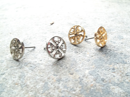 Stud Circular design studs