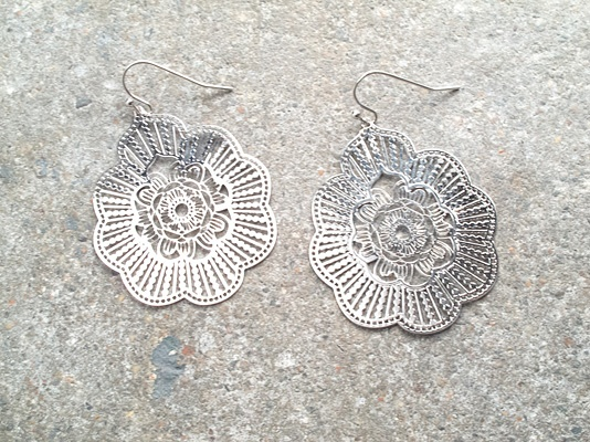 Silver Floral silver earring