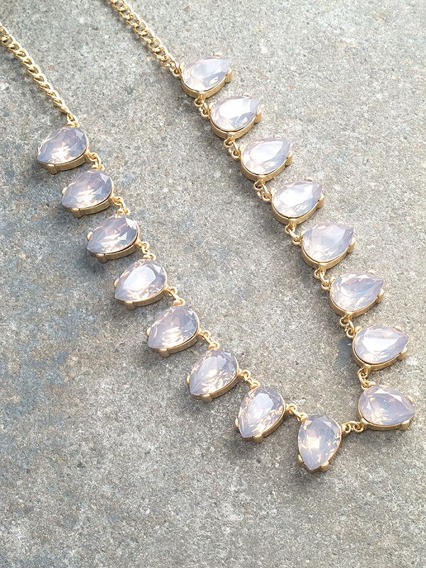 Trend Grey teardrop stone necklace