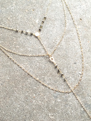 Stone Stone and bead layered gold necklace