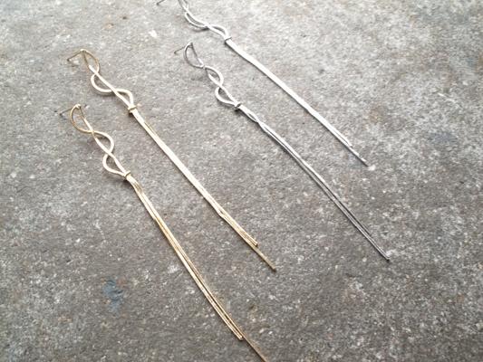 Silver Thin snake dangle earring