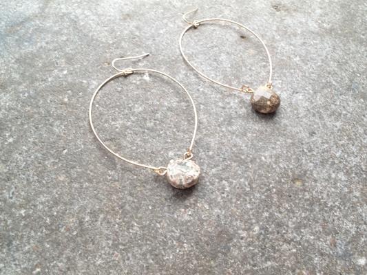 Stone Natural stone hoop dangle