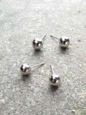 Stud Shiny silver stud balls