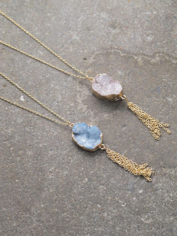 Stone Gold trim stone necklace