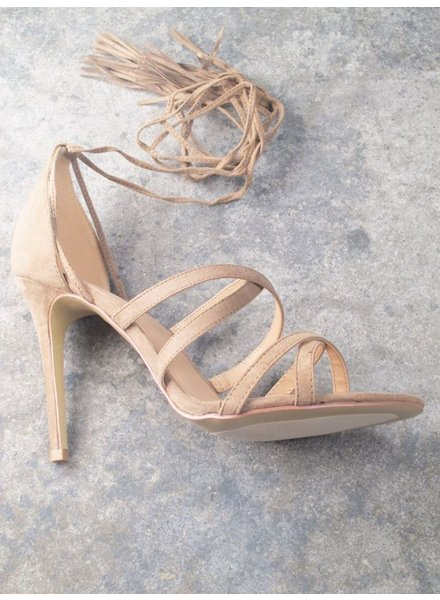 Pump Taupe strappy lace up pump