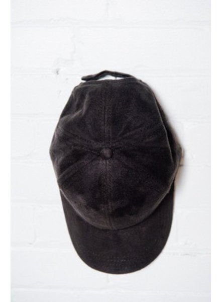 Hat Black suede-like baseball cap
