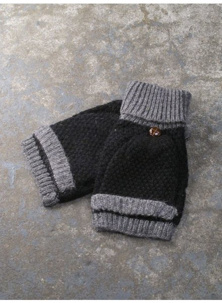Gloves Black and grey knit flap mittems