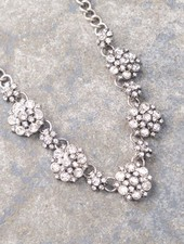 Dressy Mini sparkling flower statement