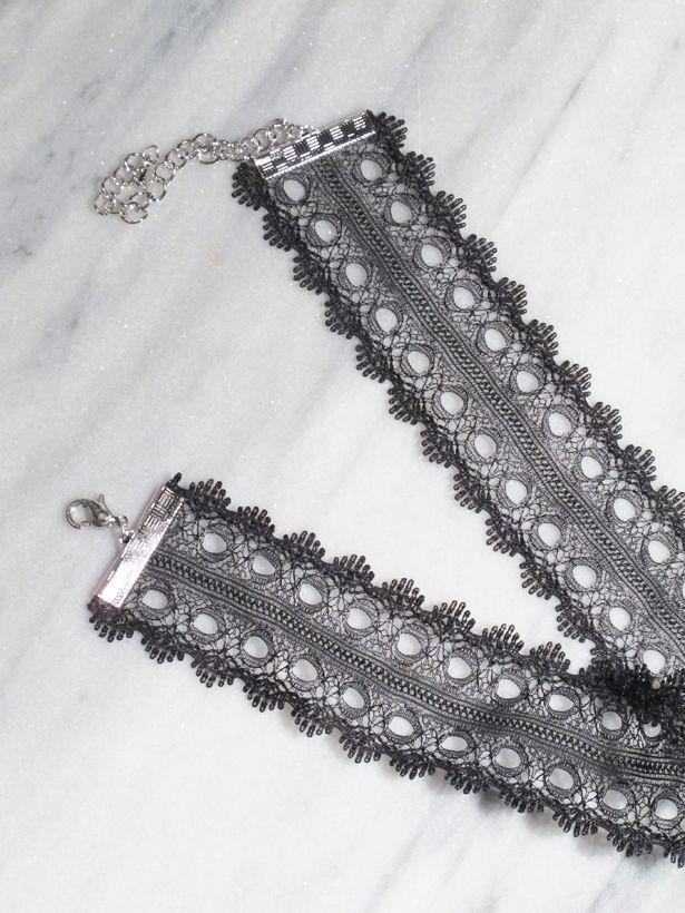 Choker Raw edge lace choker