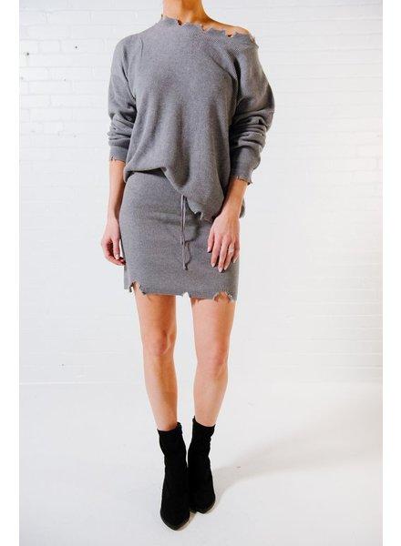 Skirt Grey frayed hem knit skirt