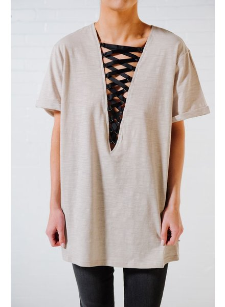 T-shirt Stone lace front tee