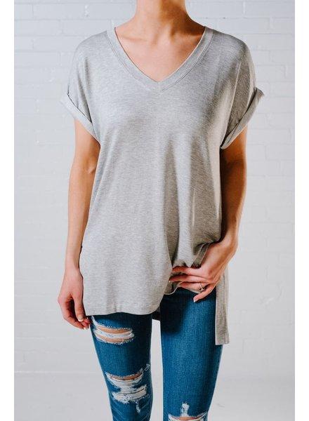 T-shirt Grey oversized v-neck tee