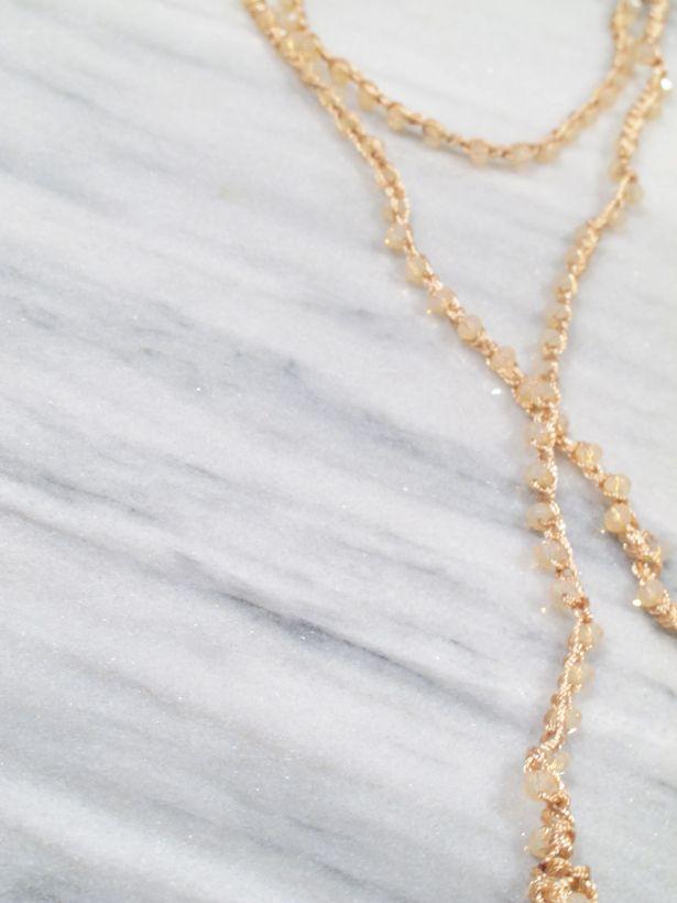 Choker Blush beaded wrap necklace