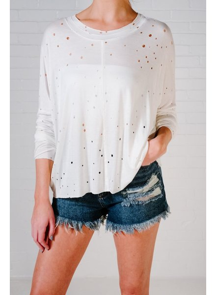 T-shirt Ivory distressed long sleeve tee