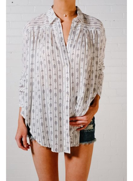 Blouse Tribal print button down