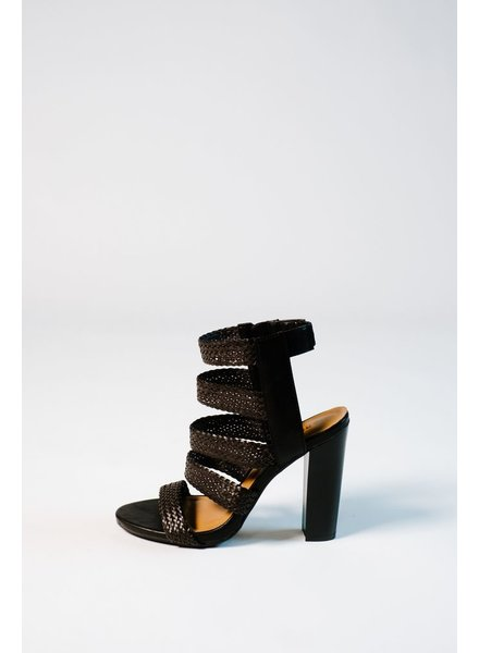 Pump Black strappy woven stacked pump