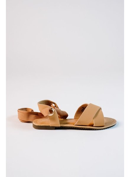 Sandal Tan cross strap gladiators