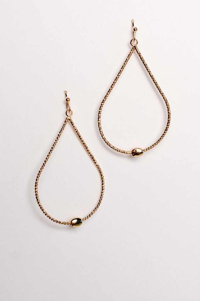 Casual Gold teardrop earrings