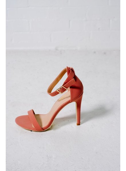 Pump Rose minimal two strap pump