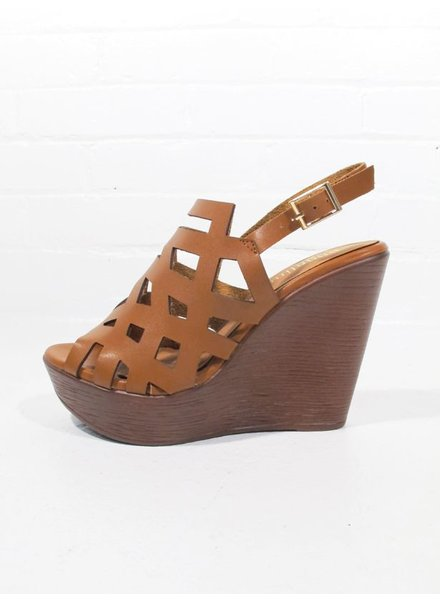 Sandal Cut out covered pump