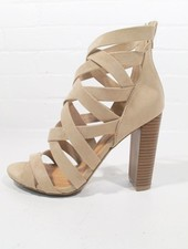 Pump Sand suede strappy sandal