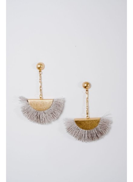 Trend Grey threaded fan earring