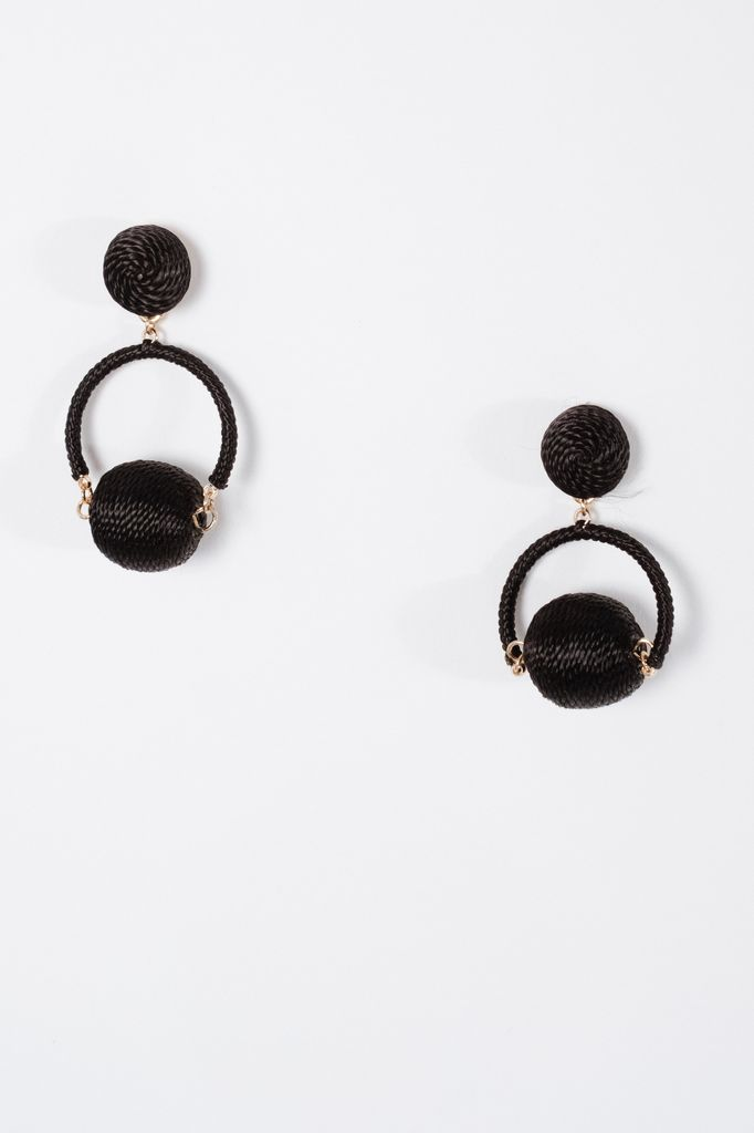 Trend Black swing ball earrings