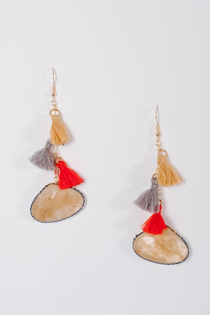 Trend Beige drop stone tassel earrings