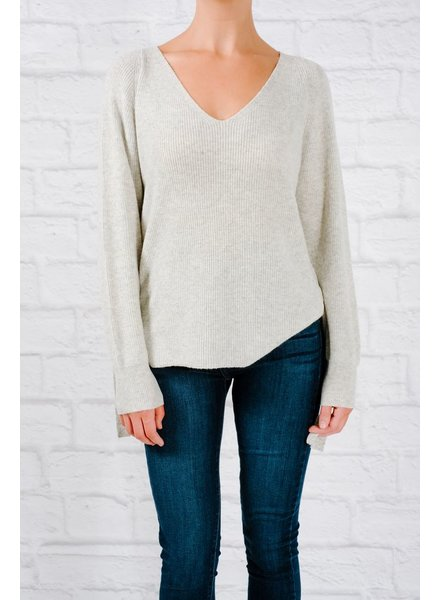 Sweater Grey side slit and rivet sweater