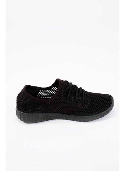 Flat Black mesh sneakers