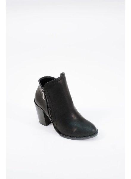 Bootie Stacked heel classic bootie