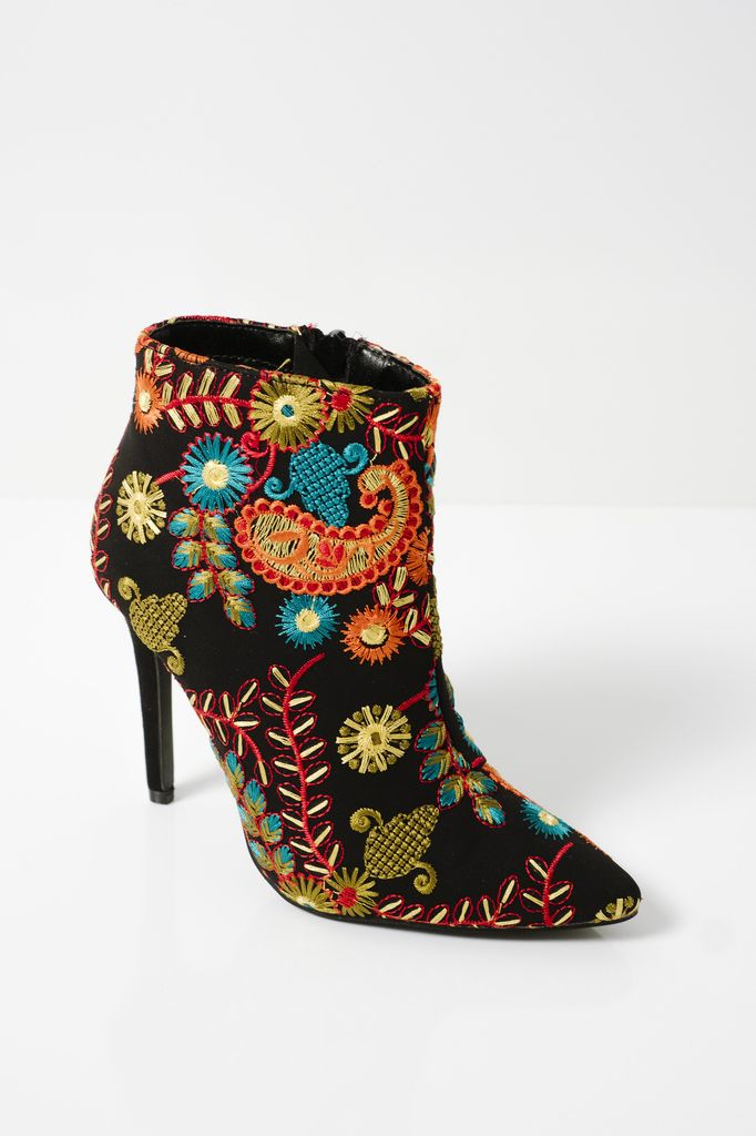 Bootie Multicolor embroidered bootie