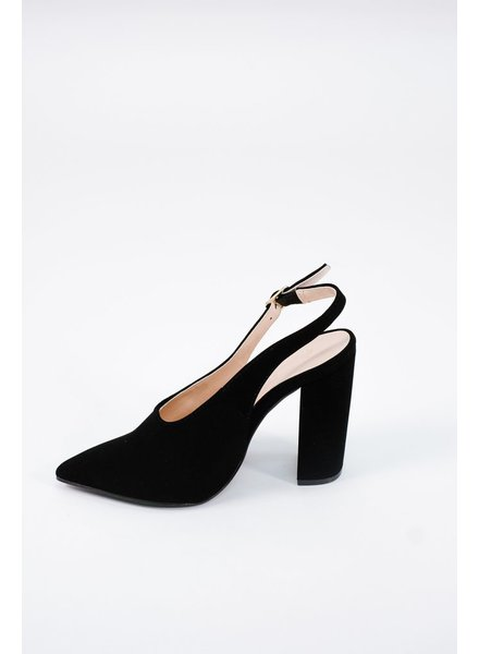 Pump Black sling back shoe