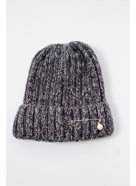 Hat Charcoal pin & pearl knit hat