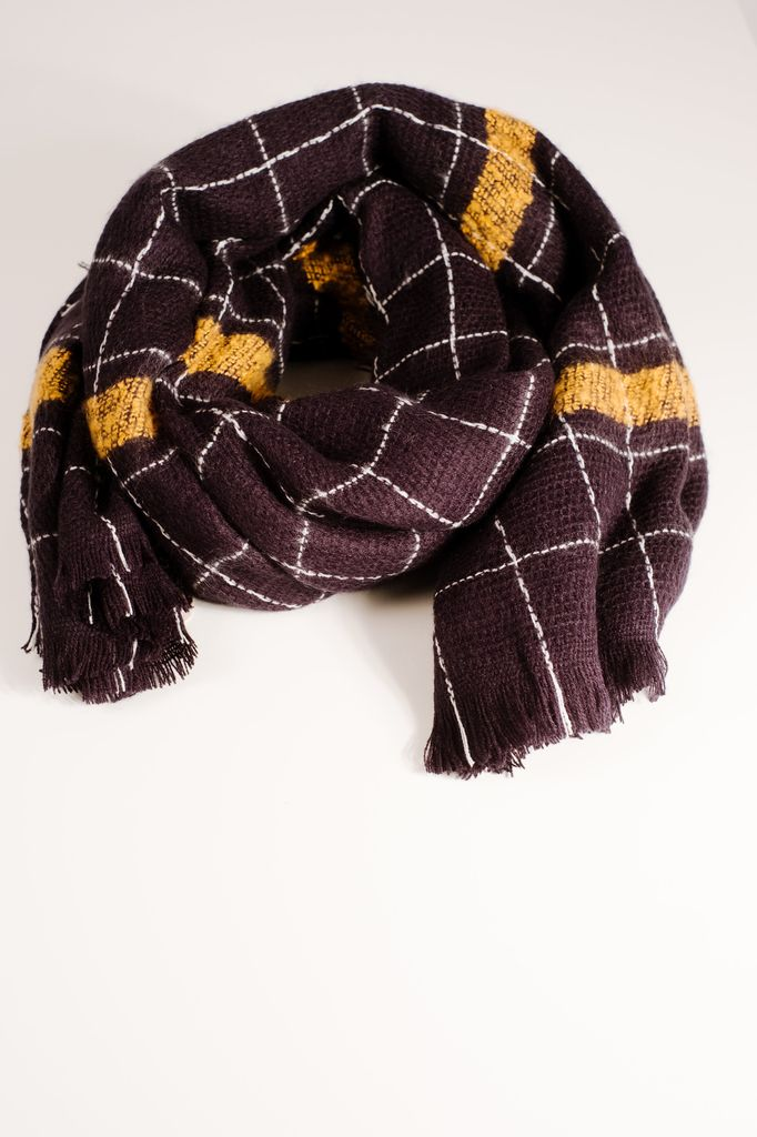 Scarf Navy checkered blanket scarf