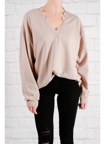 Sweatshirt Distressed v-neck sweatshirt