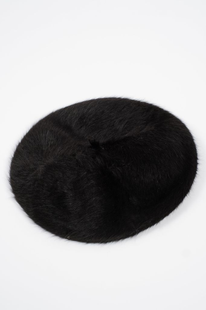 Hat Black fur beret