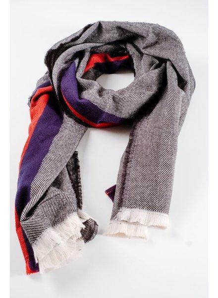 Scarf Navy center striped oblong scarf