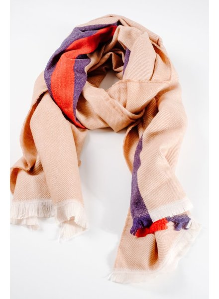 Scarf Beige center striped oblong scarf
