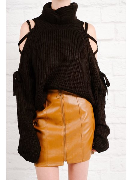Sweater Black laced shoulder knit
